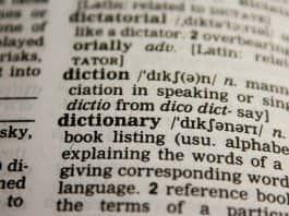 słownik łacińsko-polski imiona